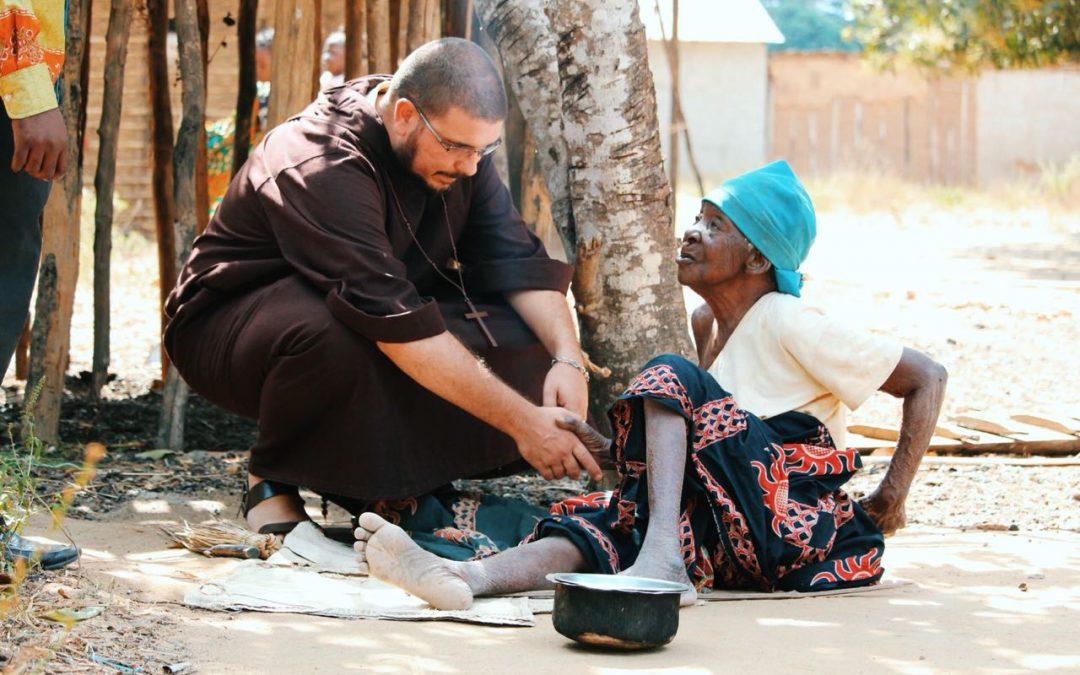 Caminhada missionária daFraternidade Pobres de Jesus Cristo na diocese de Pemba